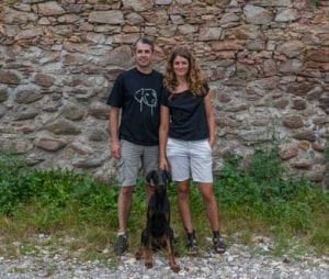 "Bianca & J. Antonio Puertas Alvarez mit ihrem Hund ""Pablo"""